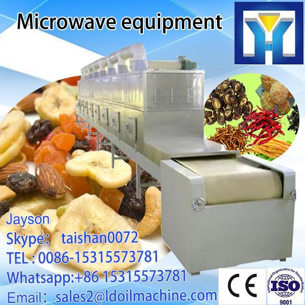 Microwave pinus radiata drying machine